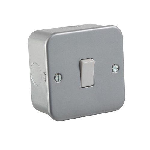 Metal Clad 10A 1G 2 Way Switch (DFL1M2000)