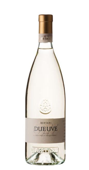 Due Uve Bianco Pinot Grigio-Sauvignon IGT Venezie, Bertani 2018, Veneto, Italy