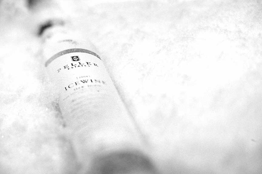 Peller Icewine Vidal wine bottle