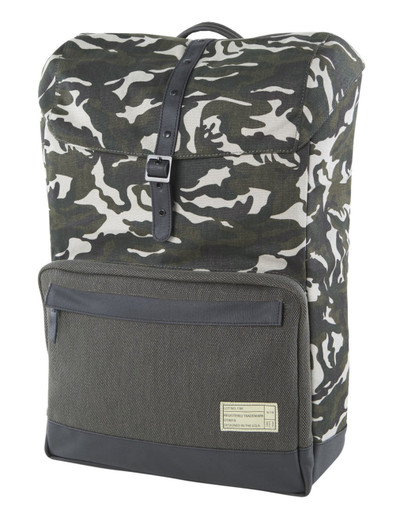 http://d3d71ba2asa5oz.cloudfront.net/12015324/images/coast_backpack_camo_olive_front.jpg