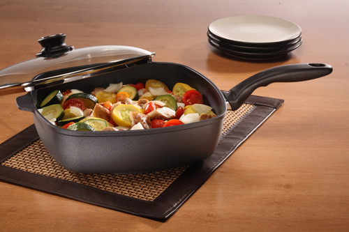 HD Nonstick DEEP SQUARE FRY PAN WITH GLASS VENTED LID  28x28cm x 7.5cm 4.7L