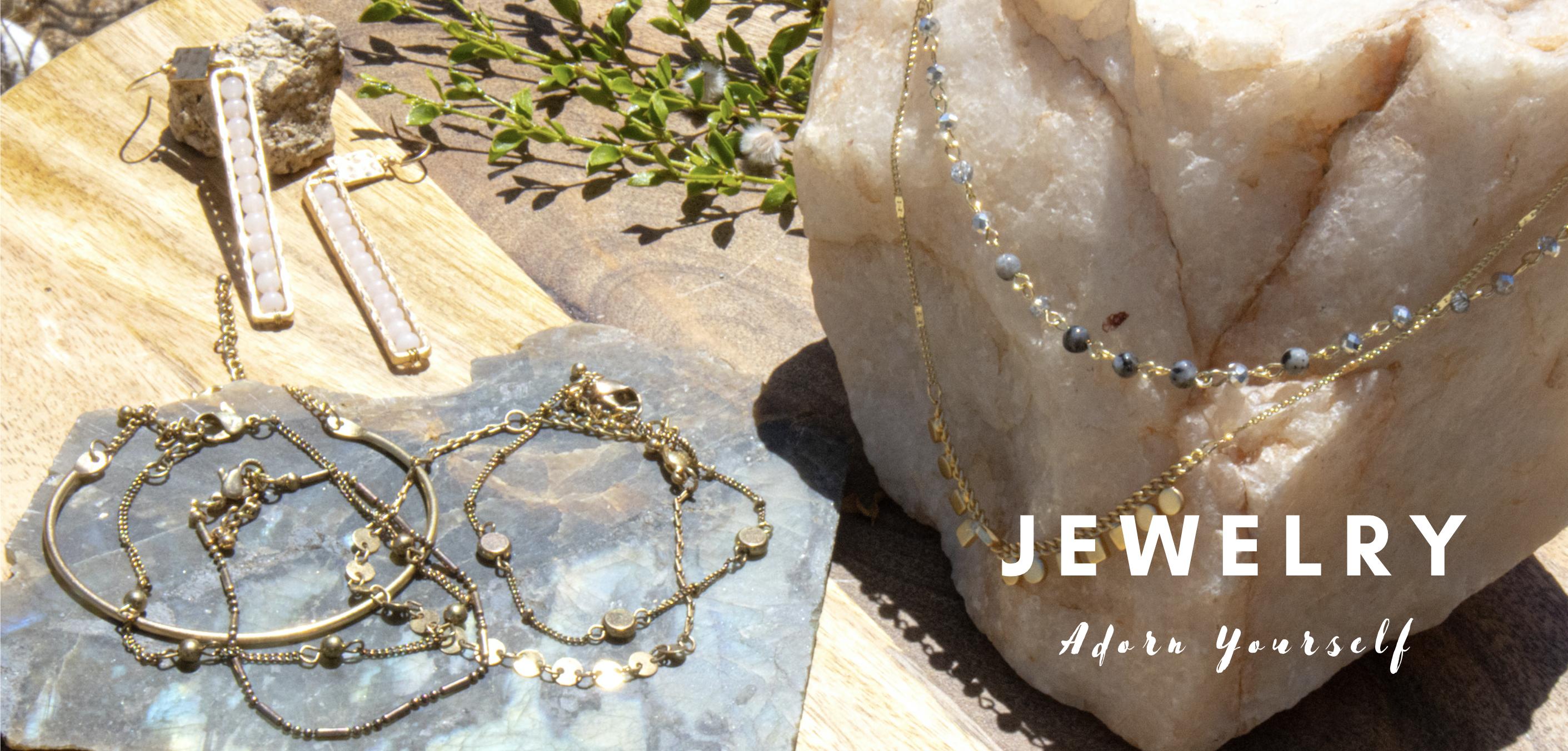 jewelry, earrings, bracelet, necklace, gold, rose gold, quartz, turquoise, boho, chic, elegant