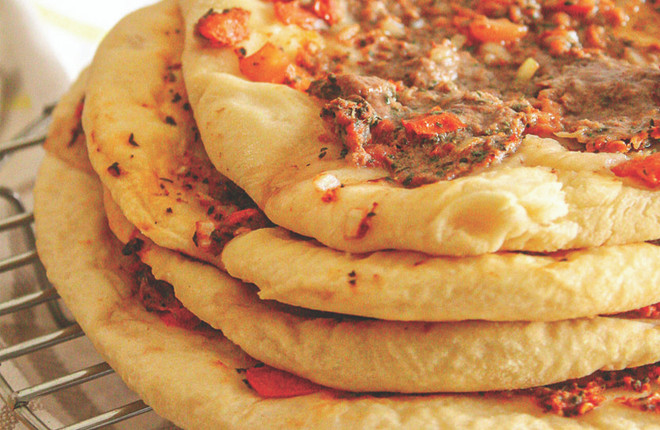 Lahm Bi Ajin - Middle Eastern Meat Pies Recipe