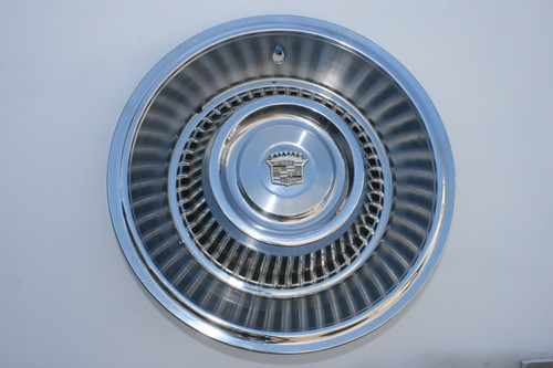 "1963-1964 Cadillac Caddy  15"" Hubcaps"