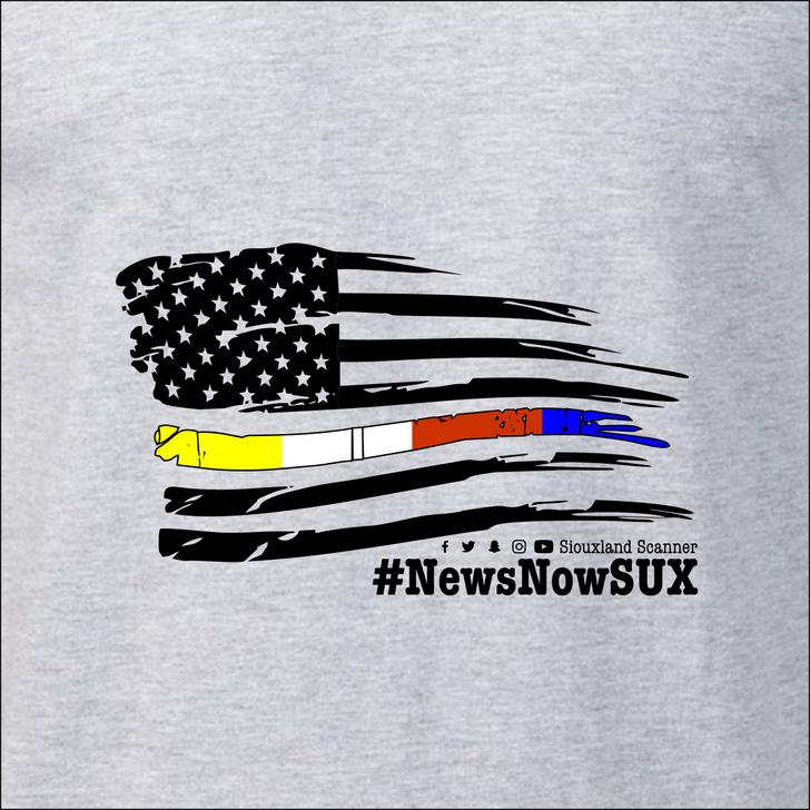 #NewsNowSUX Flag - Siouxland Scanner  T-Shirt