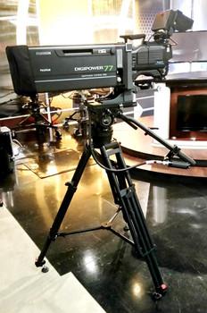 Contour_CT130K_In Studio