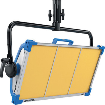 ARRI L0.0007068 SkyPanel S60-RP Tungsten LED Remote Phosphor Softlight (Blue/Silver, Edison)