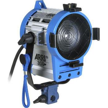 ARRI LK.0005626 Softbank I Plus 4-Light Kit (220 VAC)