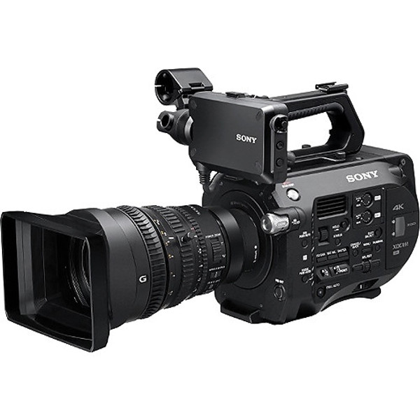 BSTOCK Sony PXW-FS7K Super 35 XDCAM CMOS 4K Camera Kit with 28 to 135mm Zoom Lens
