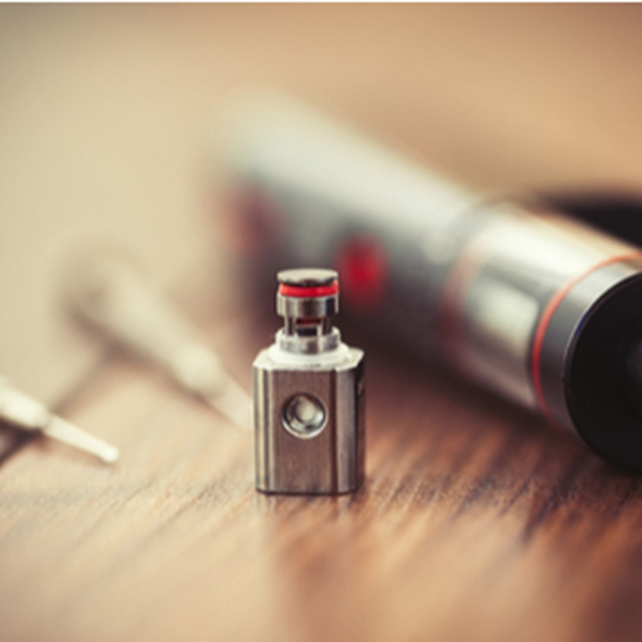 vaping 101 - cleaning your device