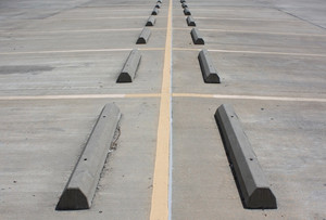 Pikestuff 1016 HO Concrete Parking Barriers (12)