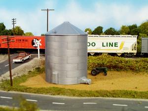 RIX 304 HO Corrugated 30′ Grain Bin
