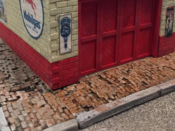 BAR MILLS 2020 Weathered Brick Sidewalk HO Scale