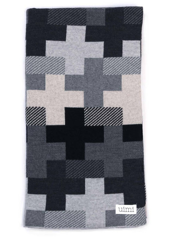 Max Blanket - Black (folded)
