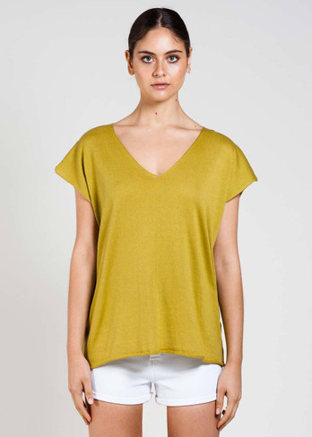 Tully Tee in Avocado