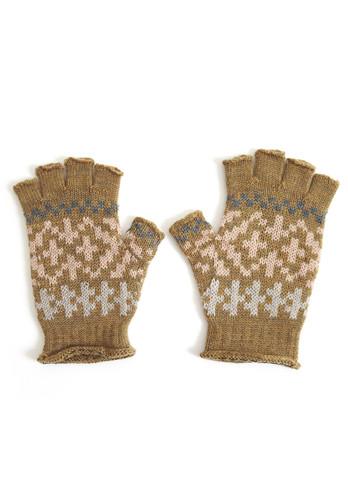Alice Glove - Nutmeg