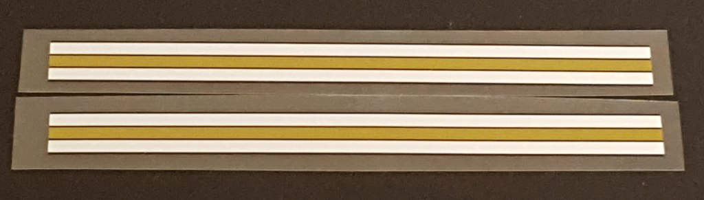 Gold/White Stripes - 1 Pair