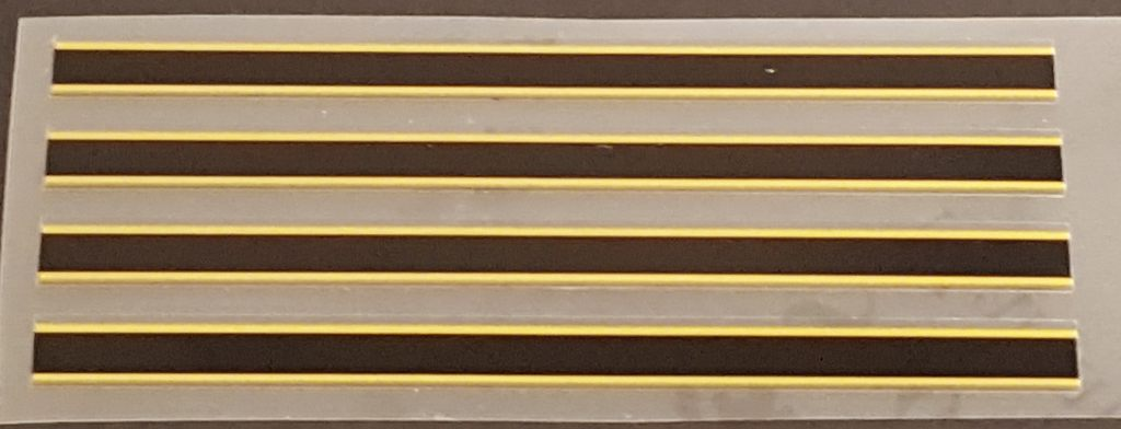Black/Gold Stripes - Group of 4