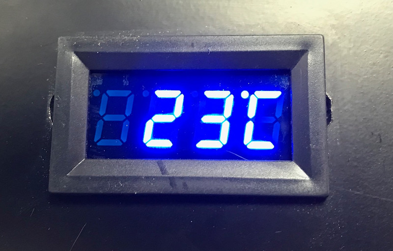 Temperature Display for Techmount Racks