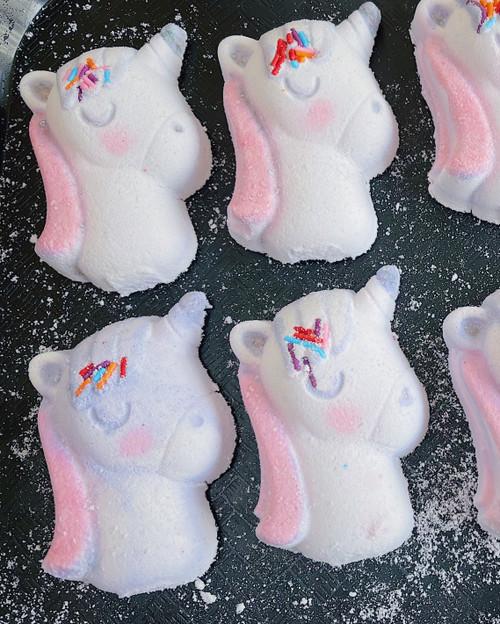 ugly duckling → BUBBLEGUM  | unicorn bath bomb