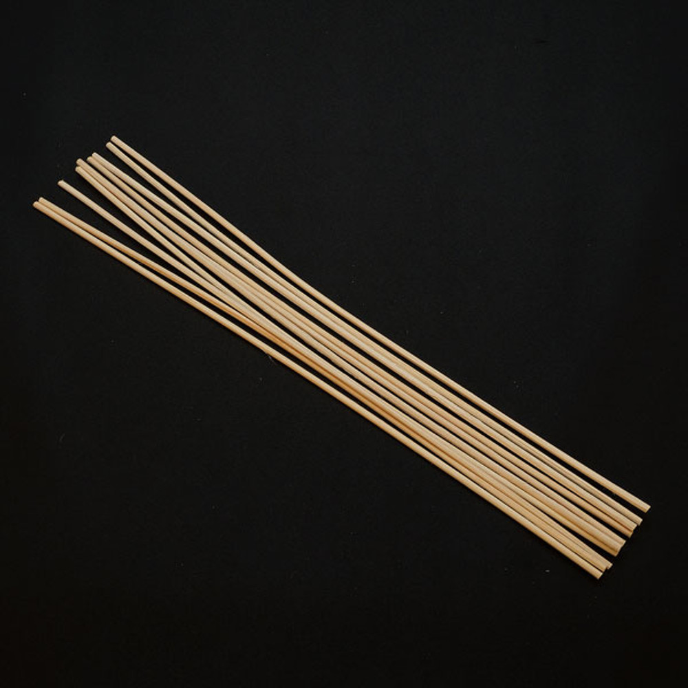 Natural bamboo reeds for aromatherapy diffusers