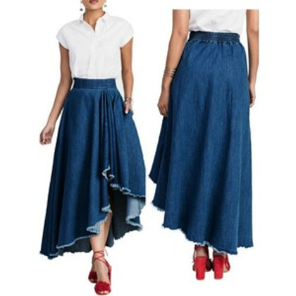 How to Style Fashionable Denim Skirts
