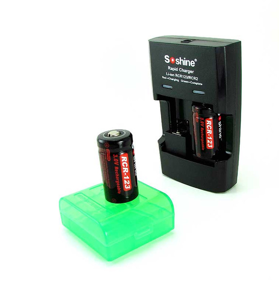 Smart Li-ion Battery Charger and 2 Lithium-ion CR123 Rechargeable 3 V Batteries