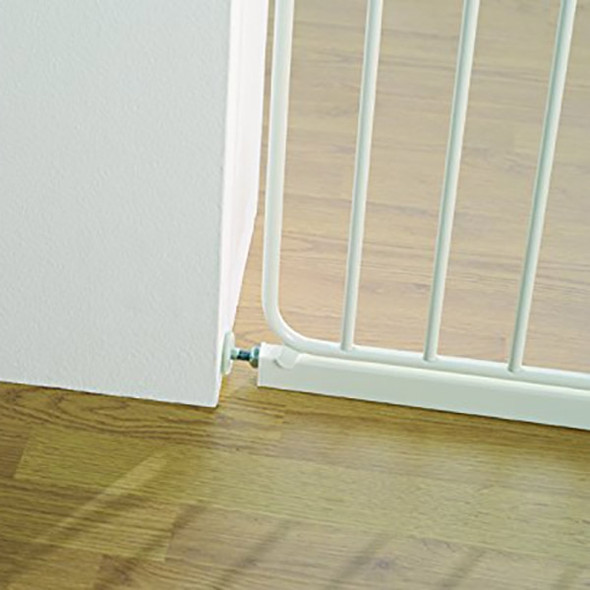 BabyDan Danamic Narrow Pressure Fit Safety Gate White (63-69.5cm) BabyDan