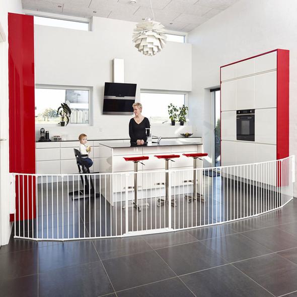BabyDan Room Divider XXL White 90-350cm + Wall Fittings