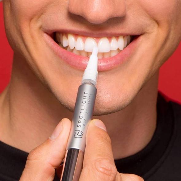 Spotlight Oral Care Teeth White Pen use