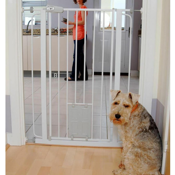 Bettacare Pet Gate Plus Cat Flap White 75cm-84cm live