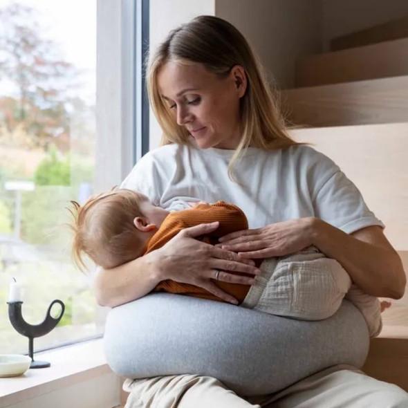 bbhugme Nursing Pillow Kit - Grey Melange lifestyle