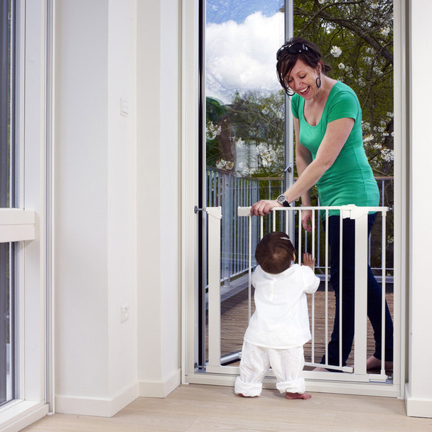 Babydan Premier True Pressure Fit Safety Gate - White (73.5 - 79.6cm; Max 119.3)