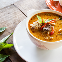 Fair Trade Thai Food Red Curry Organic Meal Kit from Thailand