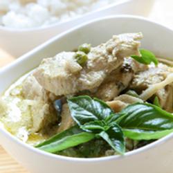Fair Trade Thai Food Green Curry Organic Meal Kit from Thailand