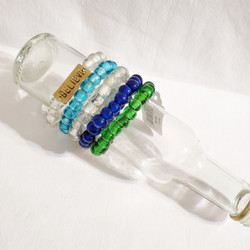 Fair trade recycled glass bracelet from Kenya with Believe