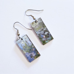 Fair Trade Eucalyptus Wood Dangle Earring with Water Lilies by Claude Monet from Guatemala