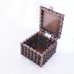 Fair trade bicycle chain round box from India