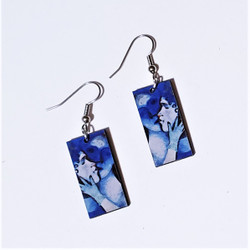Fair Trade Eucalyptus Wood Dangle Earring with the Blue Lovers by Marc Chagall from Guatemala