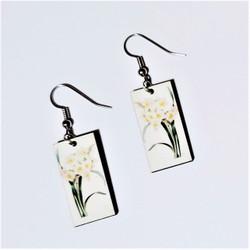 Fair trade daffodil on eucalyptus wood dangle earring from Guatemala