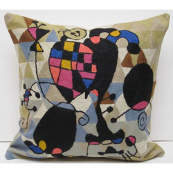 Fair trade chainstitch embroidery pillow with juggler from india