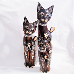 Fair trade carved albezia wood cat sculpture from Bali