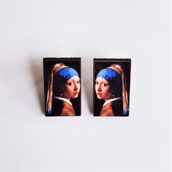 fair Trade Eucalyptus Wood Post Earring with Girl with a Pearl Earring by Johannes Vermeer from Guatemala