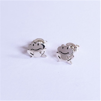 fair trade sterling silver frog earrings from mexico