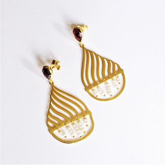 fair trade gold plated earrings with garnet and pearl from India