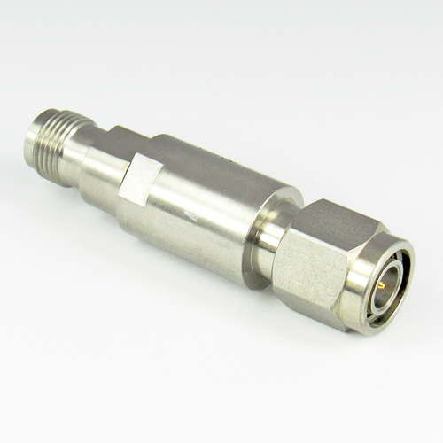 C2558 TNC Adapter 18GHz Male to Female VSWR 1.15 Stainless Steel Centric RF