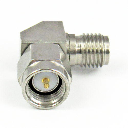 C3439 SMA Mitered Right Angle Adapter Male to Female 27Ghz VSWR 1.15