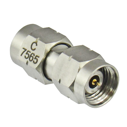C7565 2.4/Male to 2.4/Male Adapter Centric RF