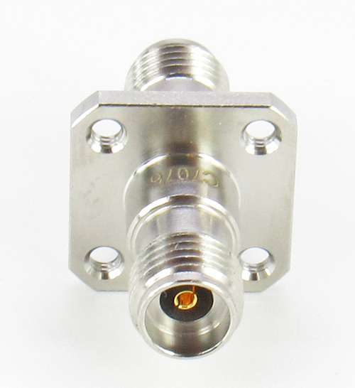 C7076 2.92mm Flange Adapter F/F  VSWR 1.15 40Ghz w Tapped Mounting Holes