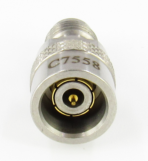 C7558  2.4mm Male to 2.4mm Female Snap On Adapter VSWR 1.35 50Ghz